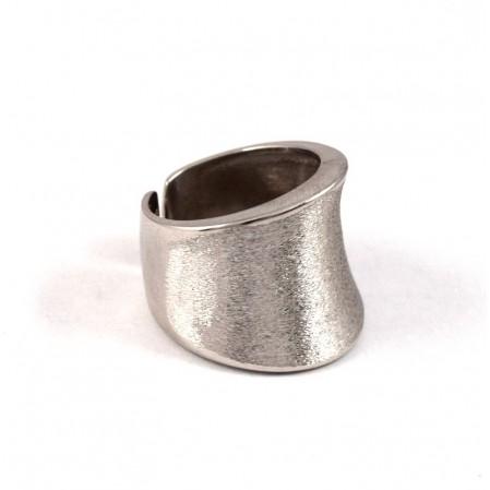 """Δαχτυλίδι """"σαμαράκι"""" μεγάλο πιο φαρδύ νο4 με σαγρέ φινίρισμα κατάλληλο και για σεβαλιέ,από ασήμι 925"""
